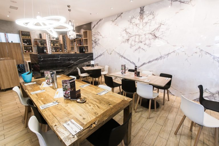 cucina dolce dining room